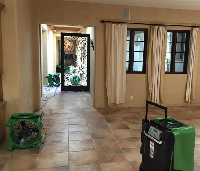 SERVPRO set up drying equipment